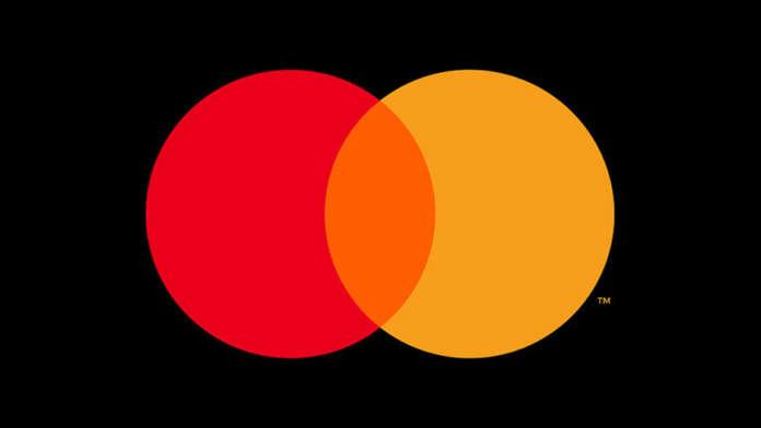 Anche MasterCard rimuove il nome dal logo