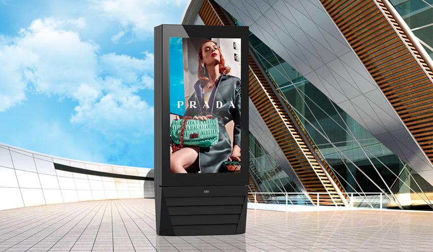 Nuovi modelli di totem pubblicitari per esterno